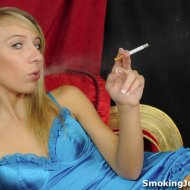 Kiara Knight – Smoking Joes Cafe 2 pictures
